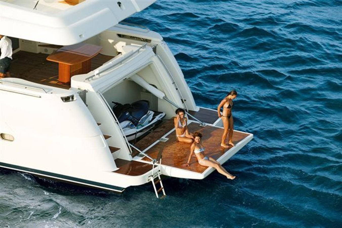2007 FERRETTI YACHTS Ferretti 881 HT Motor Yacht 2005366