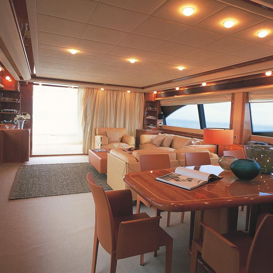 Saloon 2007 FERRETTI YACHTS Ferretti 881 HT Motor Yacht 2005368