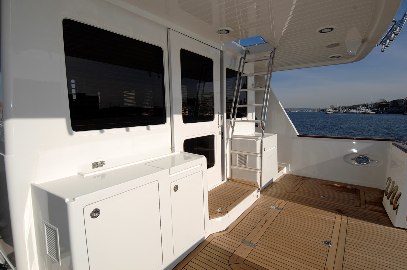 2020 OFFSHORE YACHTS Pilothouse Voyager Motor Yacht 1961798