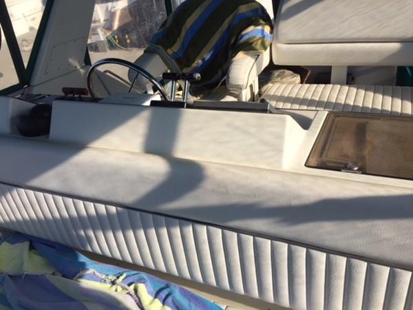 1995 CARVER 390 CPMY Motor Yacht 1963439