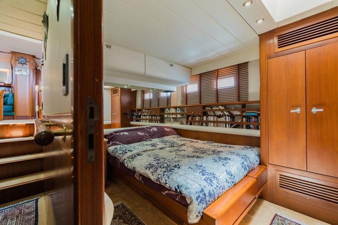 Maxi 88 Taronga Guestroom 1 1991 CIM SHIPYARD  Cruising Sailboat 1963780