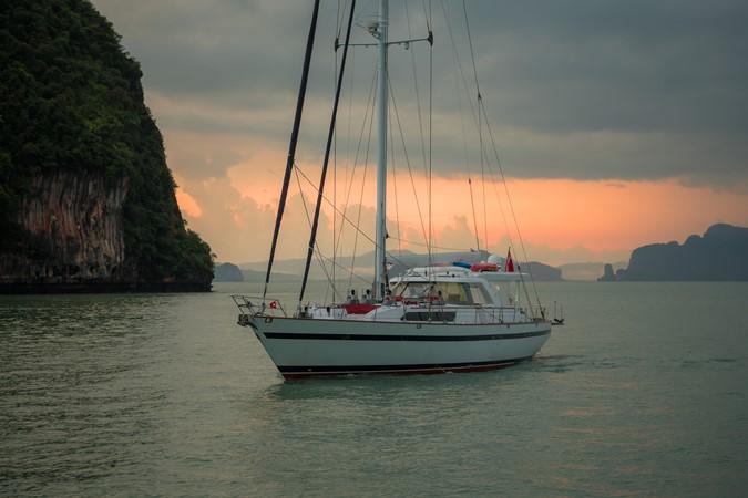 Maxi 88 Taronga 1991 CIM SHIPYARD  Cruising Sailboat 1963784