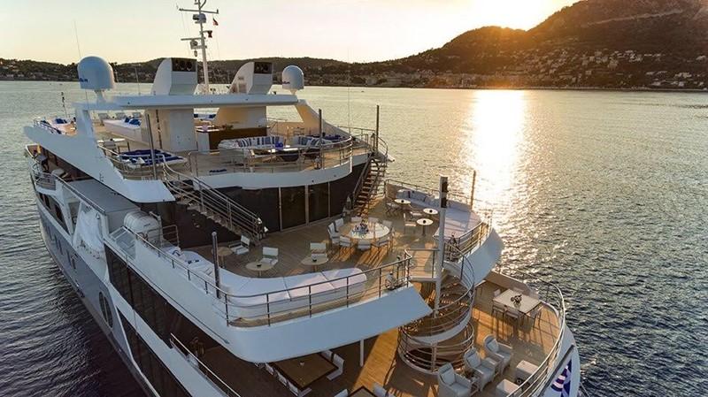 2003 AUSTAL  Motor Yacht 1966400