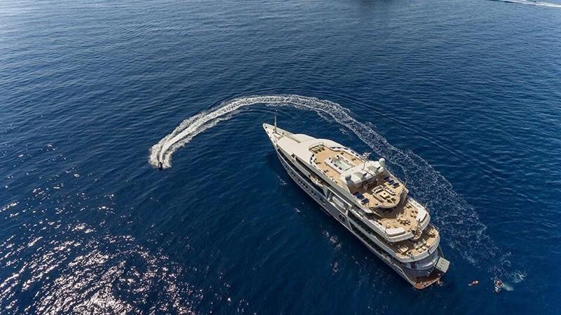 2003 AUSTAL  Motor Yacht 1966419