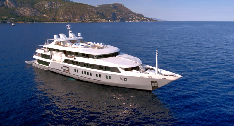 2003 AUSTAL  Motor Yacht 1967438