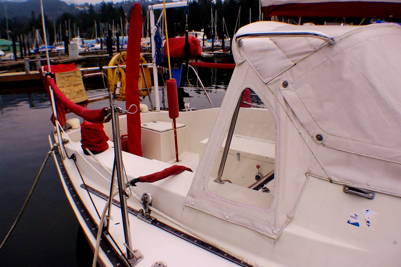 Cockpit and dodger 1977 CALGAN MARINE  Aft Cockpit 1975142
