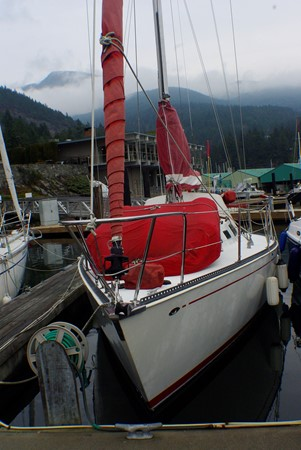 Portside 1977 CALGAN MARINE  Aft Cockpit 1975138