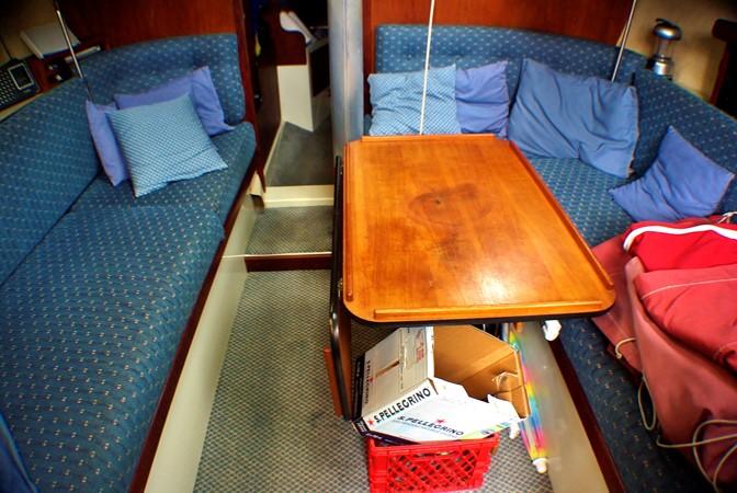 Interior looking foward 1977 CALGAN MARINE  Aft Cockpit 1975149
