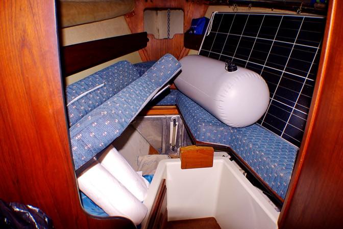 Forward cabin showing the solar panel in storage 1977 CALGAN MARINE  Aft Cockpit 1975166
