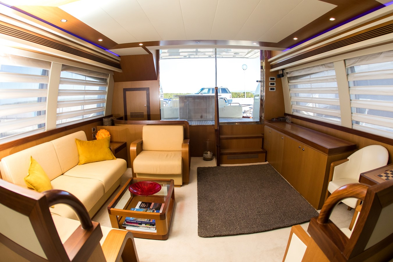 2008 FERRETTI YACHTS  Cruiser 1980710