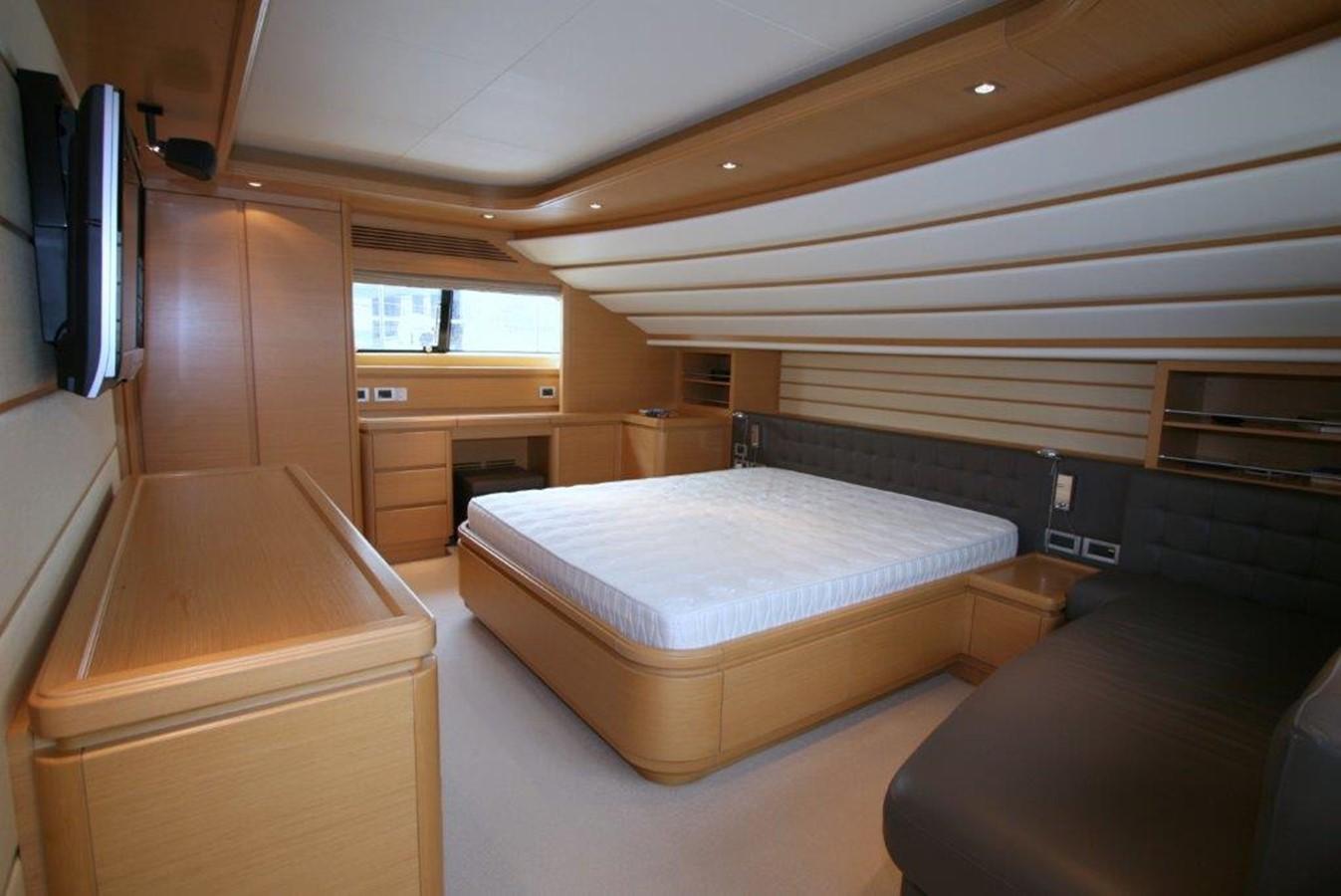 master cabin on main deck 2009 FERRETTI YACHTS  Motor Yacht 1993343