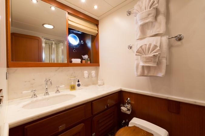 Guest Bath 1991 PERINI NAVI Ketch Cruising Ketch 1994027