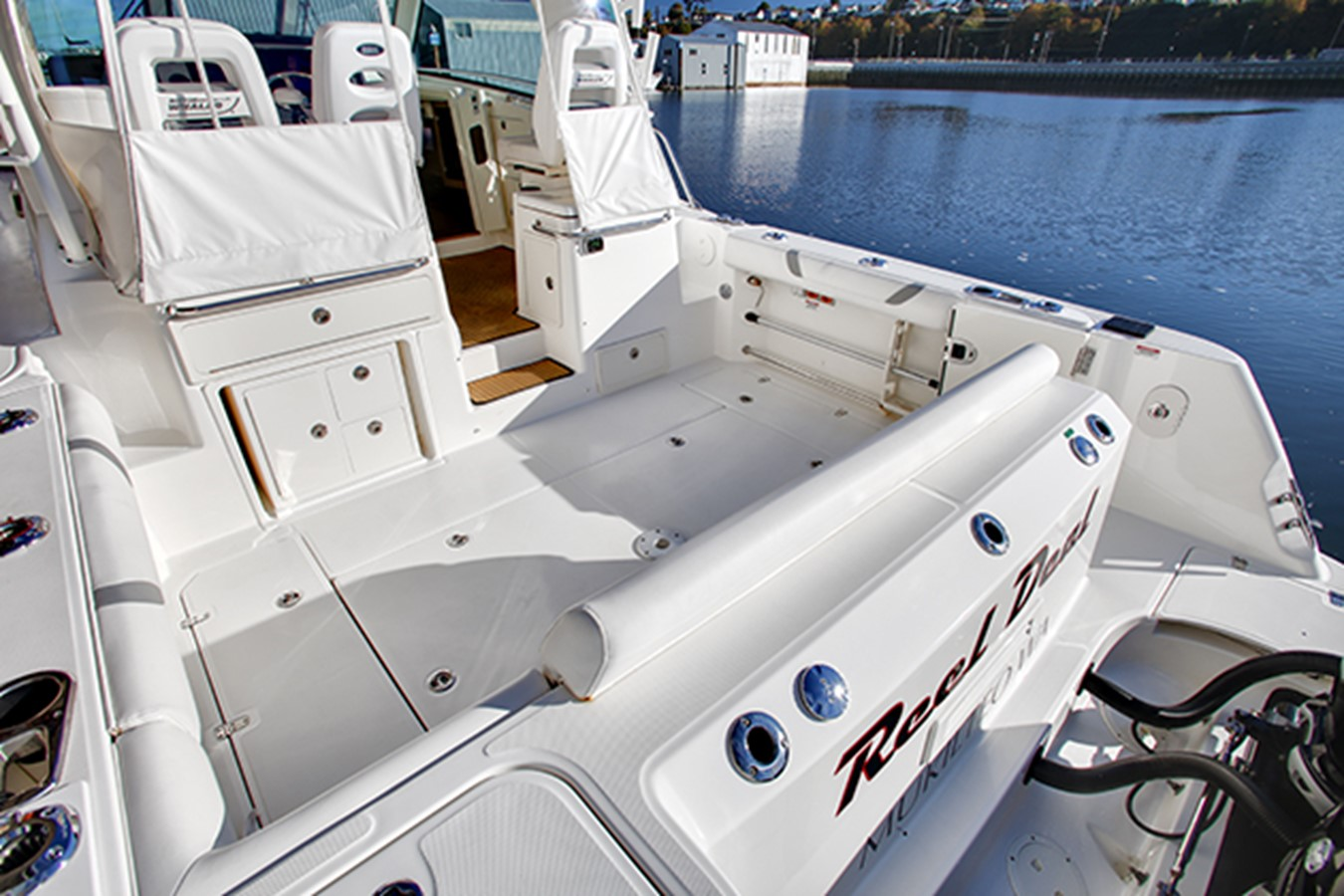 2012 BOSTON WHALER Conquest Motor Yacht 1996128