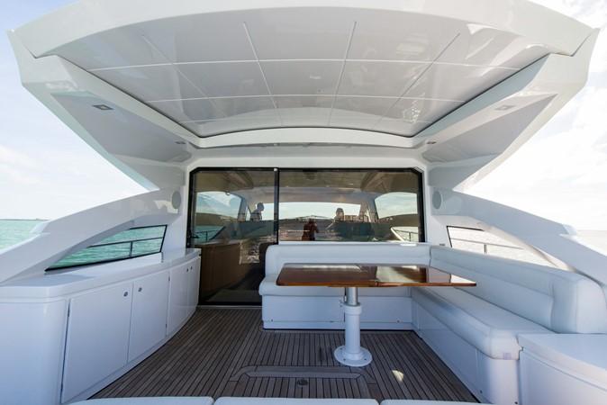 Aft Deck 2009 PERSHING 64 Motor Yacht 1997670