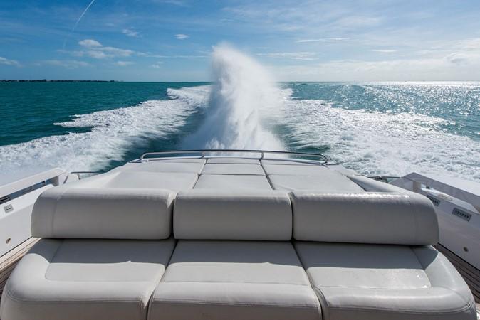 2009 PERSHING 64 Motor Yacht 1997806