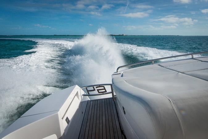 2009 PERSHING 64 Motor Yacht 1997820