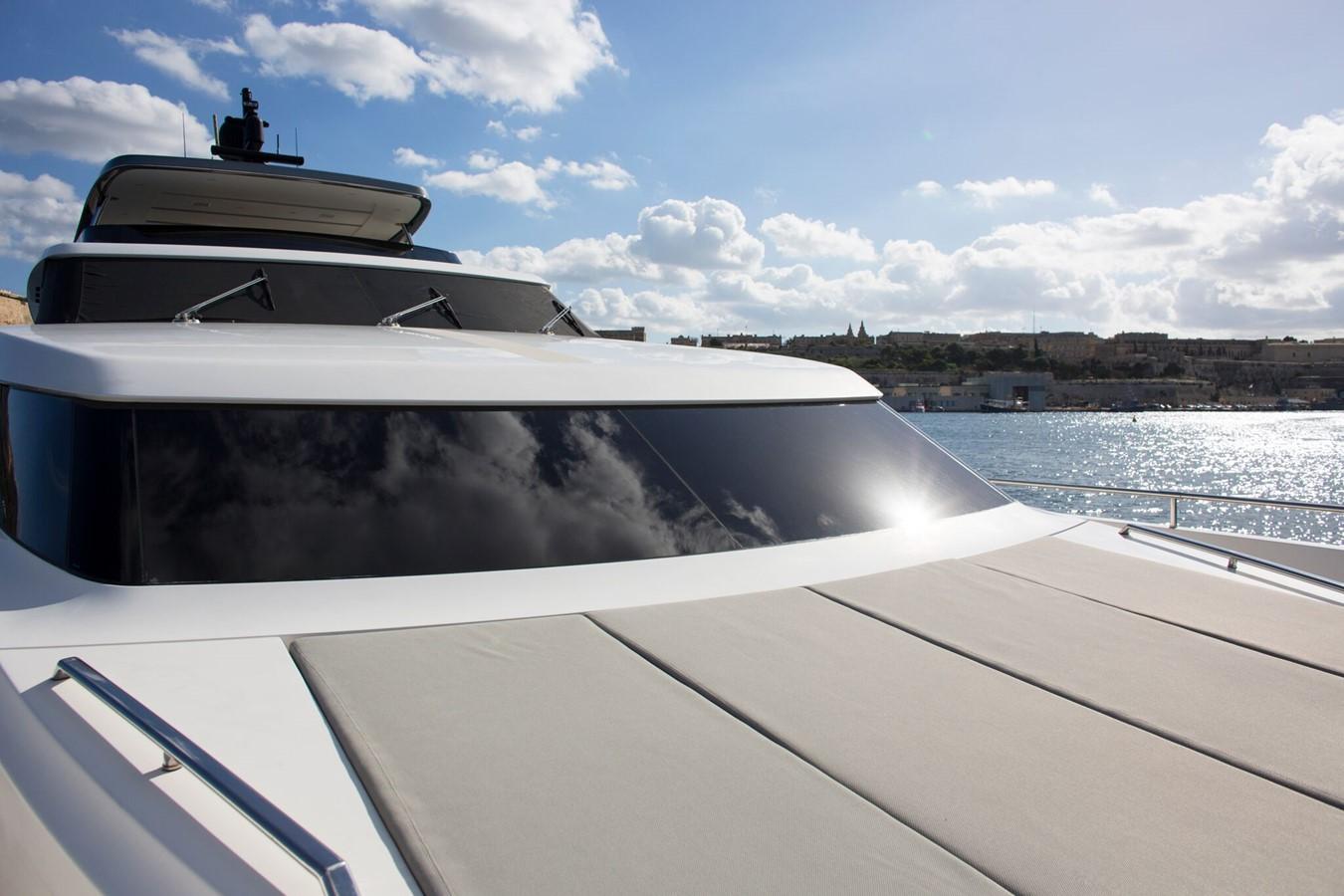 2013 SANLORENZO  Motor Yacht 2003542