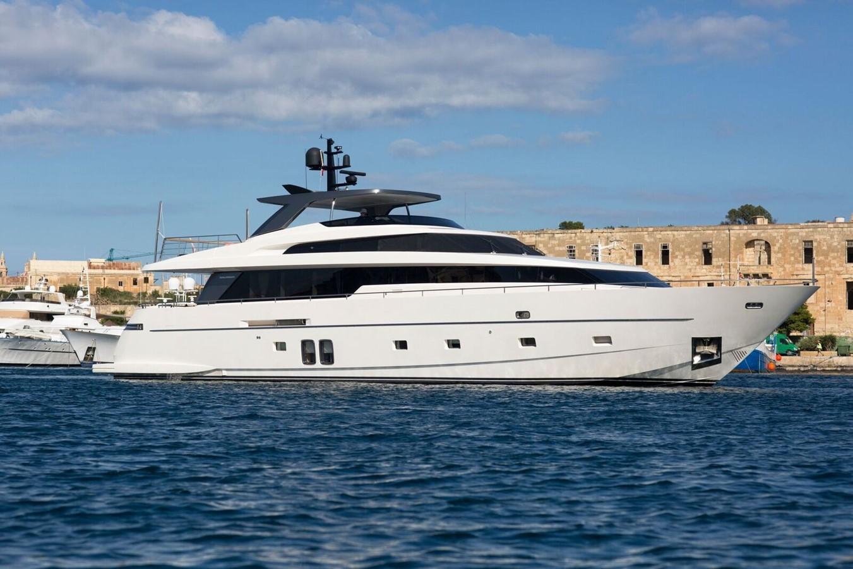 2013 SANLORENZO  Motor Yacht 2003543