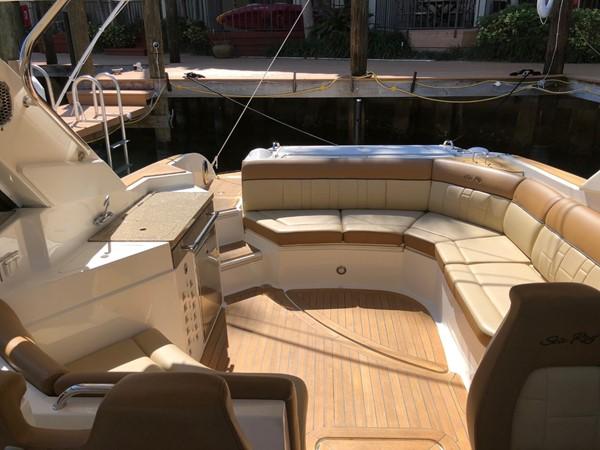 2015 SEA RAY 350SLX Runabout 2038374