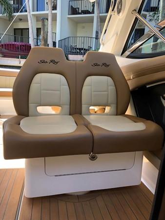 2015 SEA RAY 350SLX Runabout 2038380