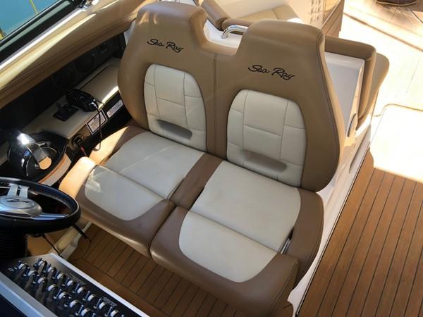 2015 SEA RAY 350SLX Runabout 2038381