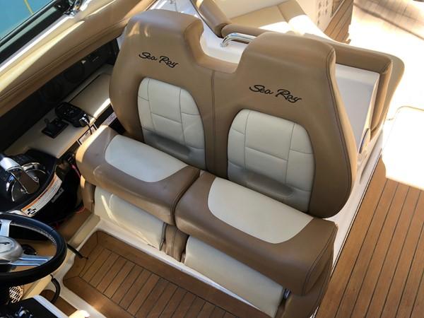 2015 SEA RAY 350SLX Runabout 2038382