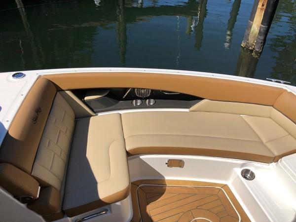 2015 SEA RAY 350SLX Runabout 2038392
