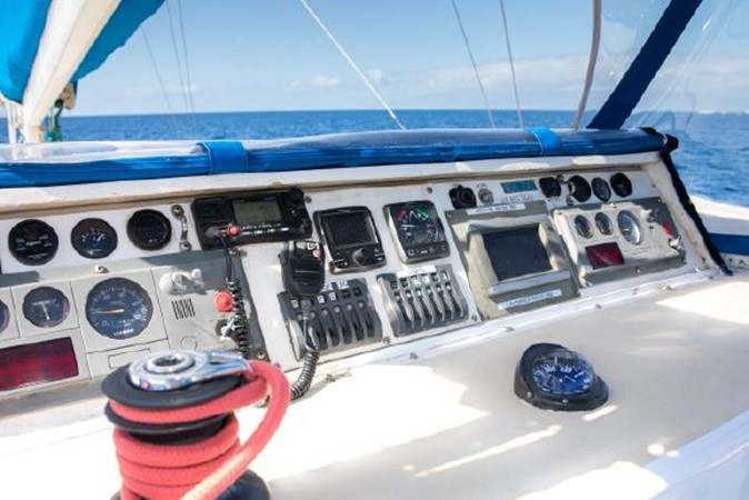 2000 CUSTOM BUILT  Catamaran 2021656