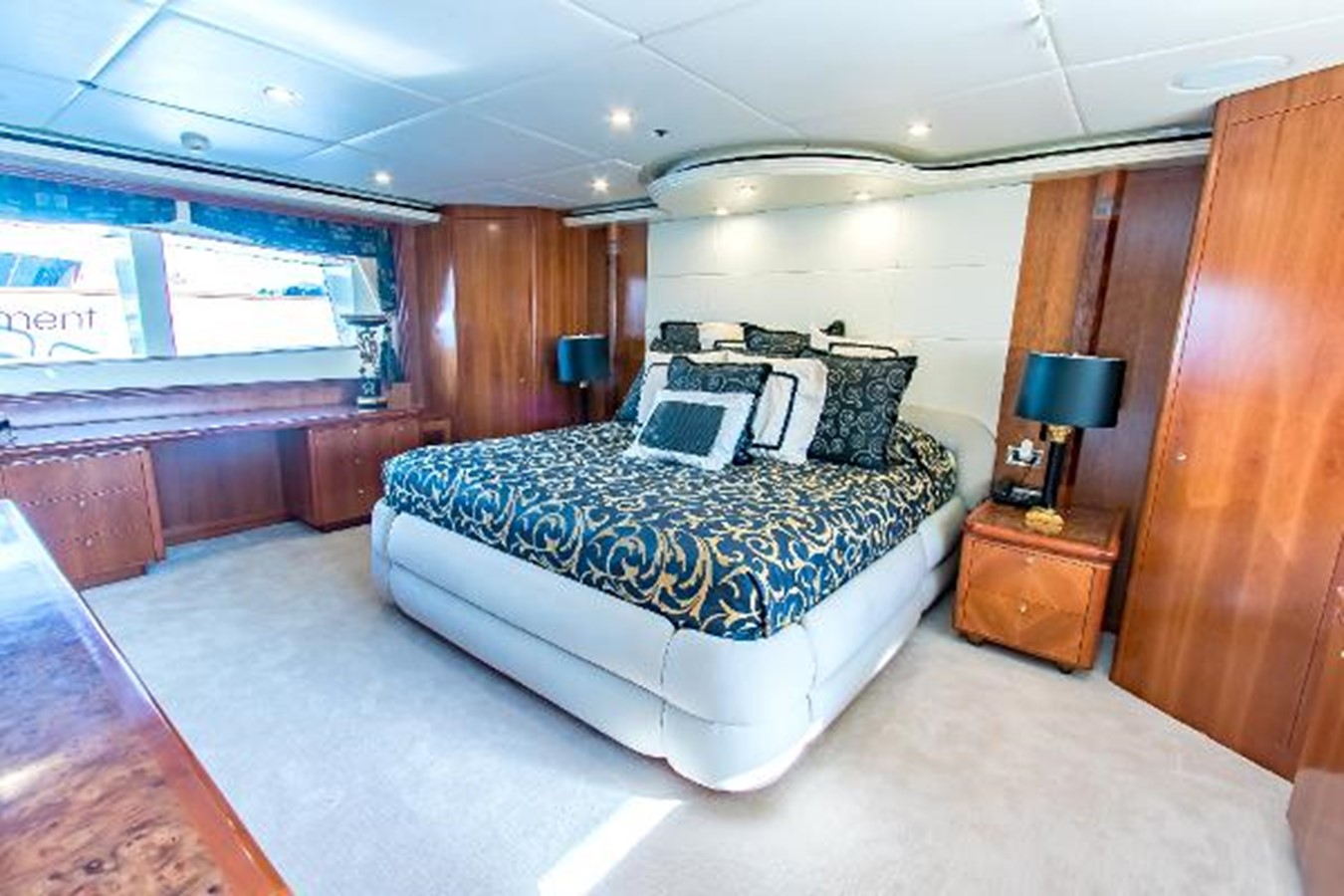 2006 SENSATION CABERNET Mega Yacht 2302852