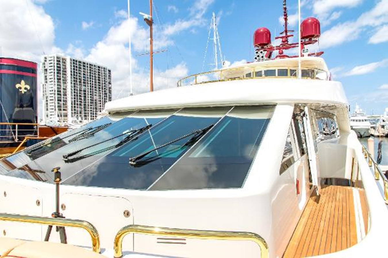 2006 SENSATION CABERNET Mega Yacht 2302869