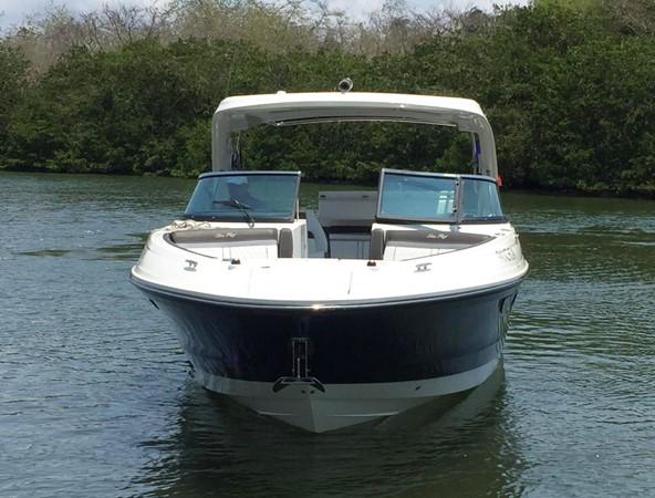 2017 SEA RAY 350 SLX Runabout 2614309