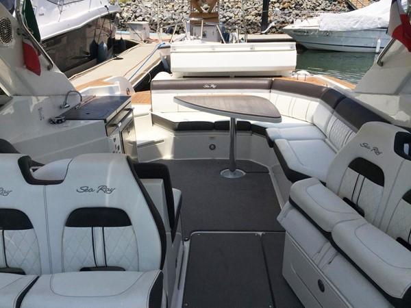 2017 SEA RAY 350 SLX Runabout 2614313
