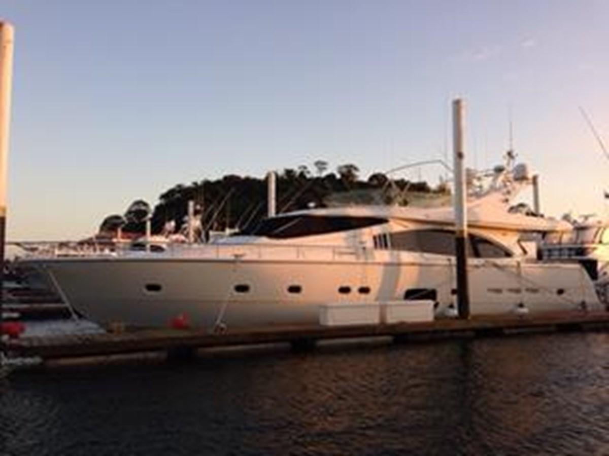 2005 FERRETTI YACHTS  Mega Yacht 2036978