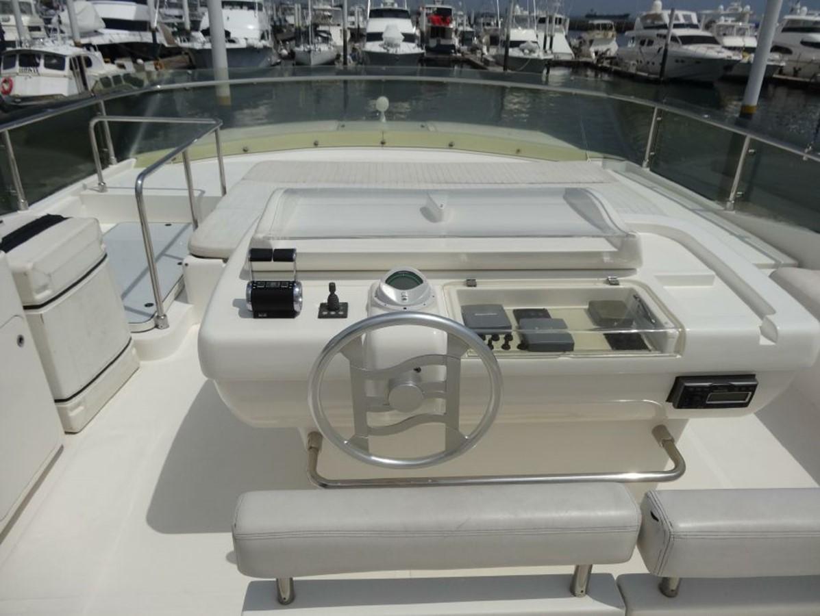 2005 FERRETTI YACHTS  Mega Yacht 2037031