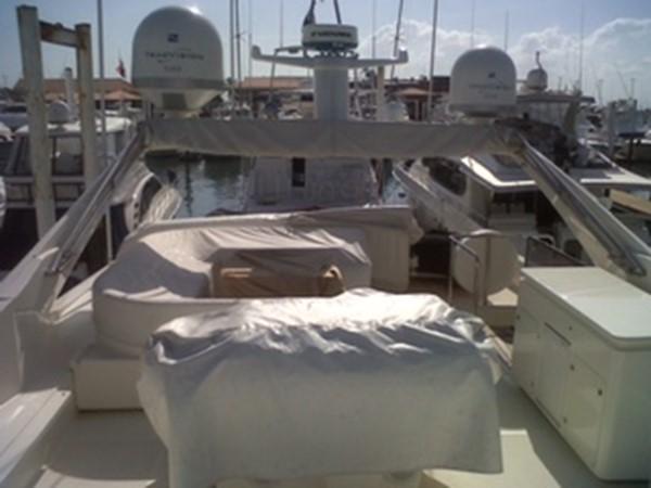 2005 FERRETTI  Mega Yacht 2036985