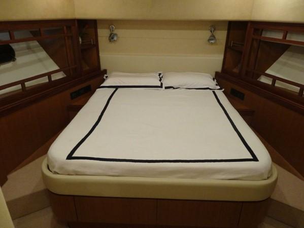 2005 FERRETTI  Mega Yacht 2036997