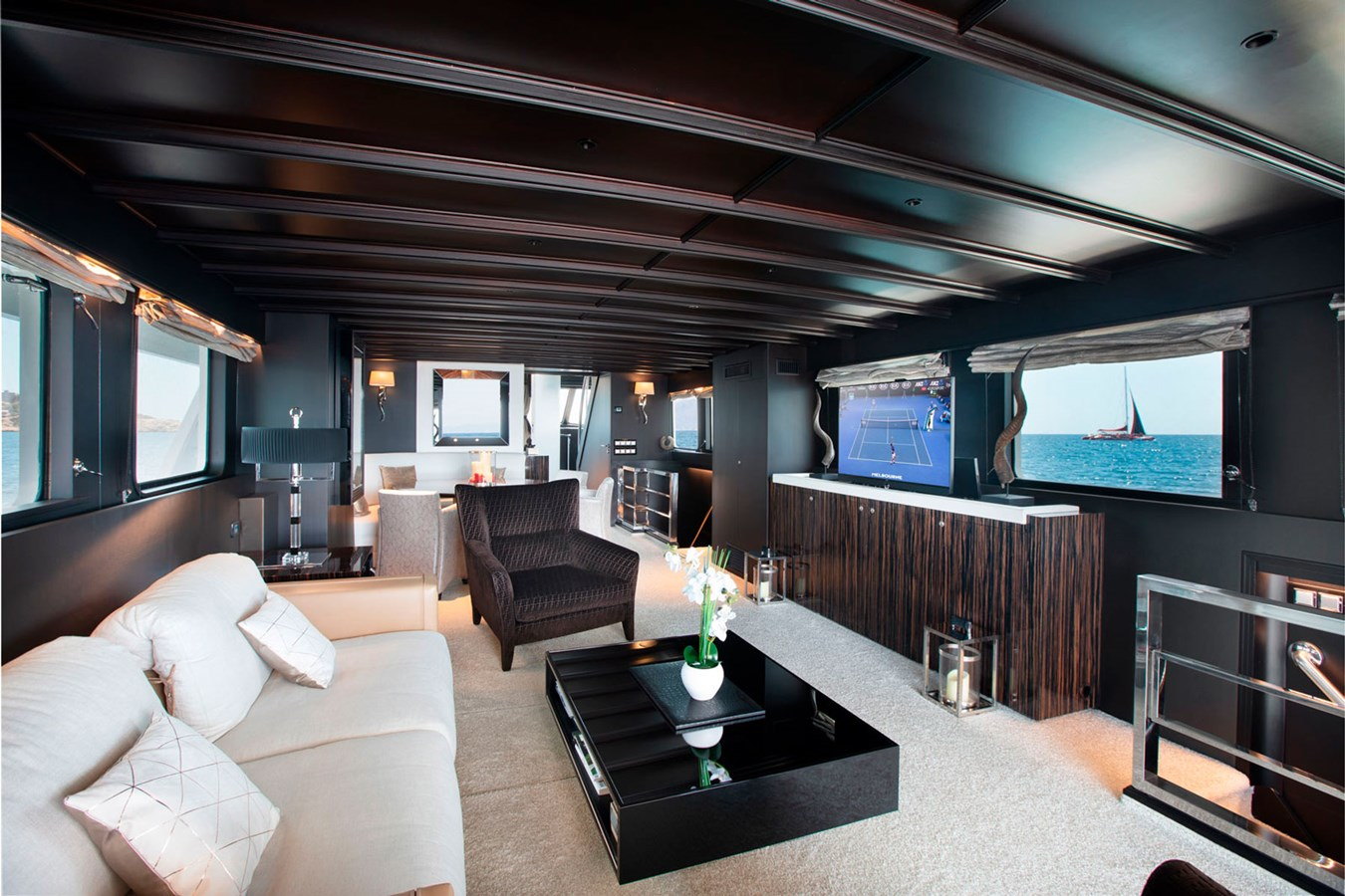 Witsen-and-vis-33m-Yacht-Salon-Front-View-2 1971 Witsen & Vis  Motor Yacht 2680994