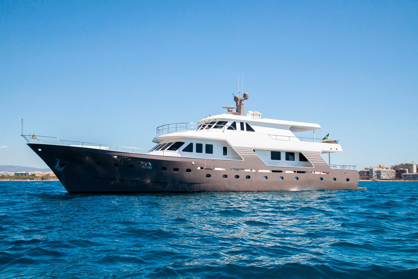 Witsen-and-vis-33m-Yacht-Profile-1 1971 Witsen & Vis  Motor Yacht 2681020