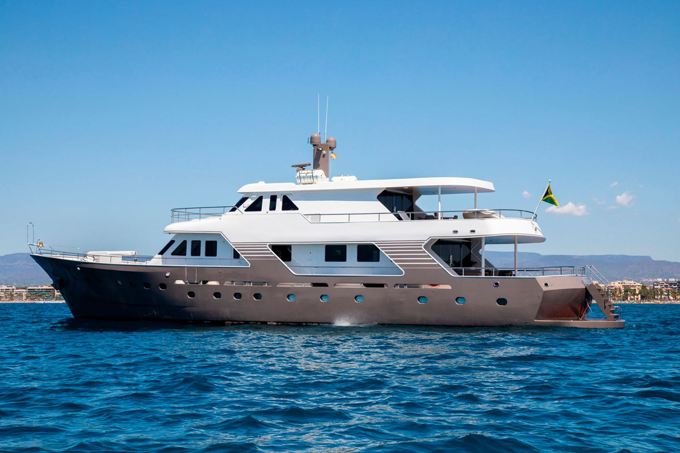 Witsen-and-vis-33m-Yacht-Side-Profile-1 1971 Witsen & Vis  Motor Yacht 2681026