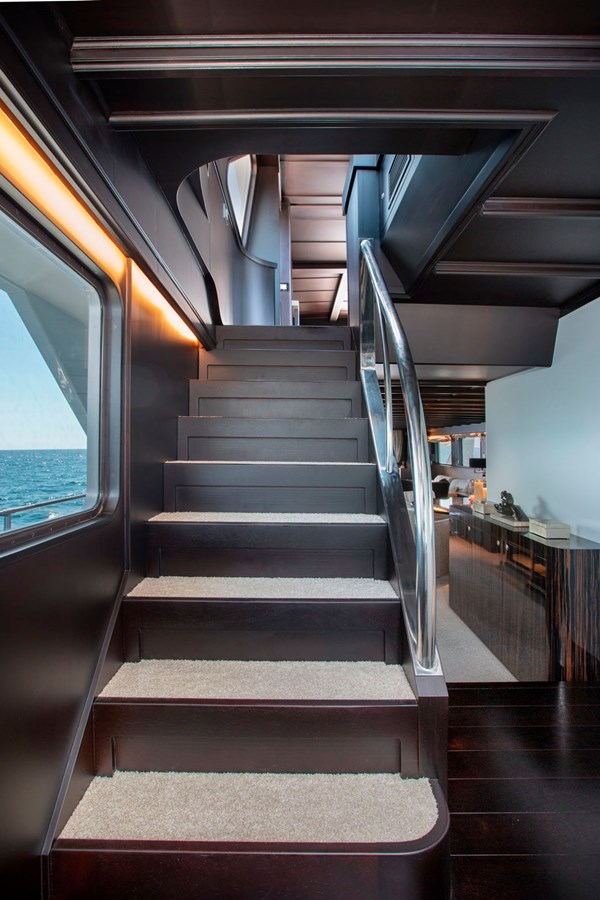 Witsen-and-vis-33m-Yacht-Stairs-1 1971 Witsen & Vis  Motor Yacht 2681030