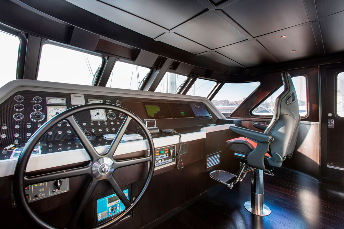 Witsen-and-vis-33m-Yacht-Wheelhouse-Day 1971 Witsen & Vis  Motor Yacht 2681036