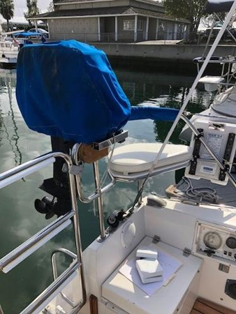 9.9 2 Stroke OB 1993 CATALINA 36 Cruising Sailboat 2038732