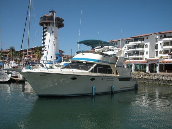 1989 CARVER 48 Californian Motor Yacht 2047953