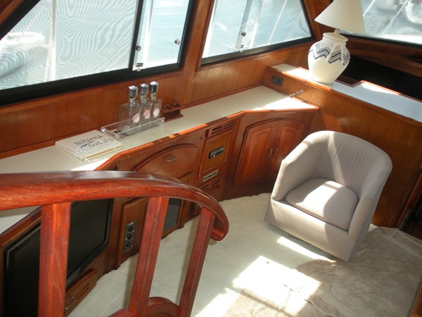 1989 CARVER 48 Californian Motor Yacht 2047964