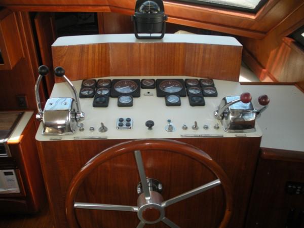 1989 CARVER 48 Californian Motor Yacht 2047967