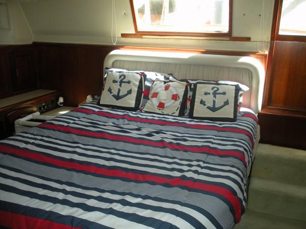 1989 CARVER 48 Californian Motor Yacht 2047971