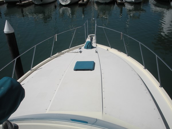 1989 CARVER 48 Californian Motor Yacht 2047982