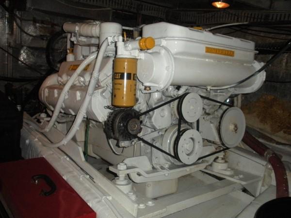 1989 CARVER 48 Californian Motor Yacht 2047985