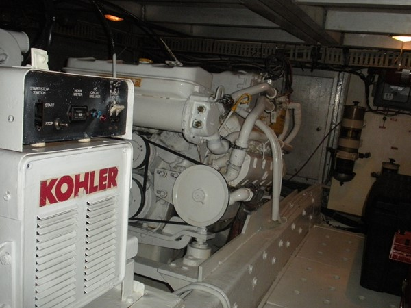 1989 CARVER 48 Californian Motor Yacht 2047987