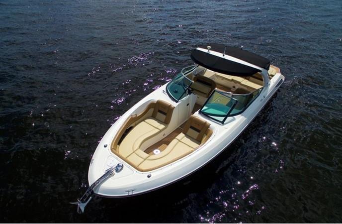 2014 SEA RAY 300 SLX Runabout 2050259